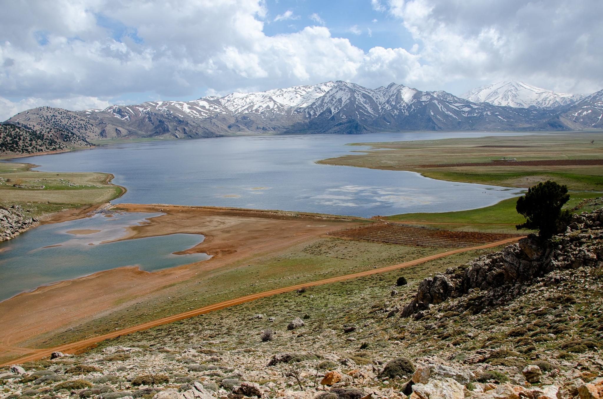 Lake Girdev